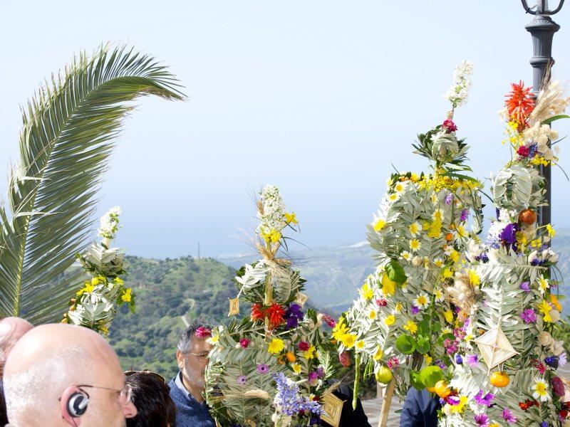 Calabria Greca Festa Delle Pupazze Di Bova Domenica Delle Palme