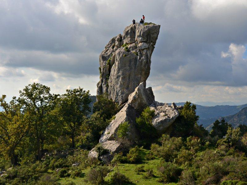 ARRAMPICATA SPORTIVA alla Rocca di S. Ippolito
